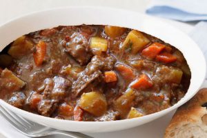 Old Fashioned Beef and Red Wine Stew